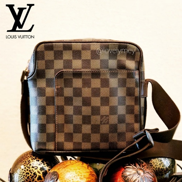 34d31f25aee4 🔛OFFER🔛Louis Vuitton Olav PM Ebene Crossbody Bag